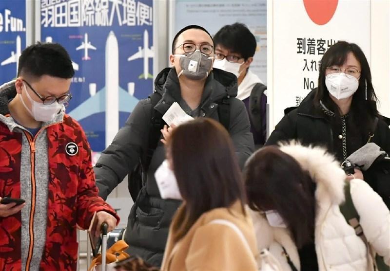 عذرخواهی سیاستمدار ژاپنی به دلیل فروش ماسک با سود هنگفت