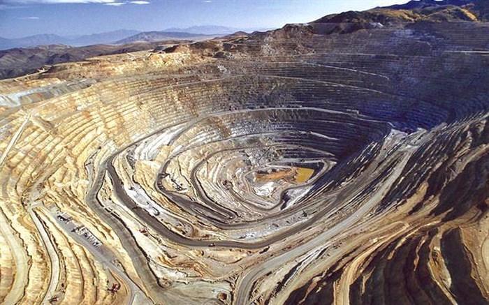 معاون سازمان زمین شناسی : گواهی کشف های سازمان زمین شناسی و اکتشافات معدنی به بخش خصوصی واگذار می گردد
