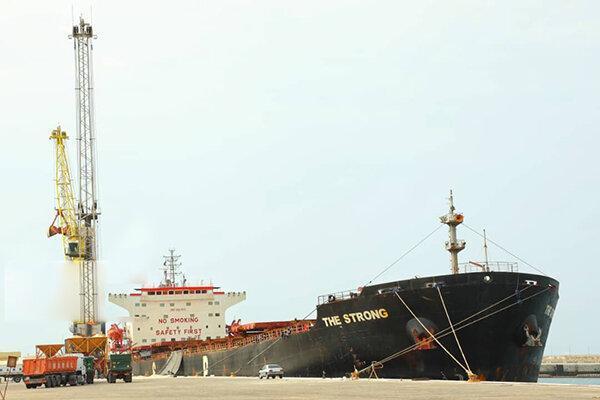 نخستین محموله صادراتی سنگ کوپ مرمر ایران راهی چین شد